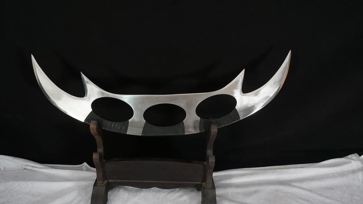 Replica of Bat'leth