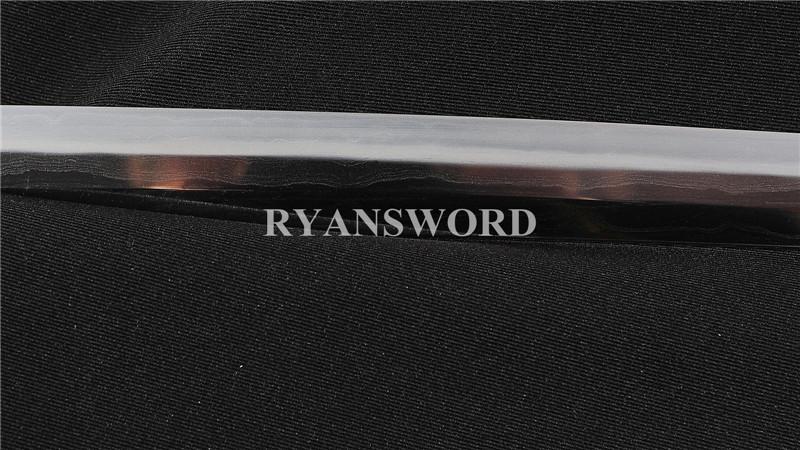 ryan1273-20170101/r1273/r127304.jpg